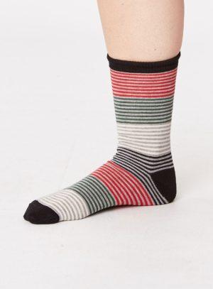 sbm3455-traditional-christmas-socks-gift-box-4