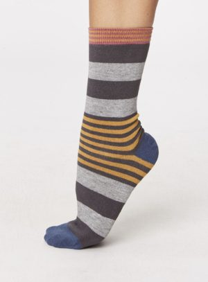spw238-irena-stripey-bamboo-socks-pewter-side-one-foot-spw238pewter