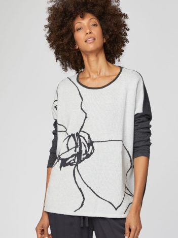 WST4000 STONE WHITE flower sketch organic cotton knit top 4.jpg