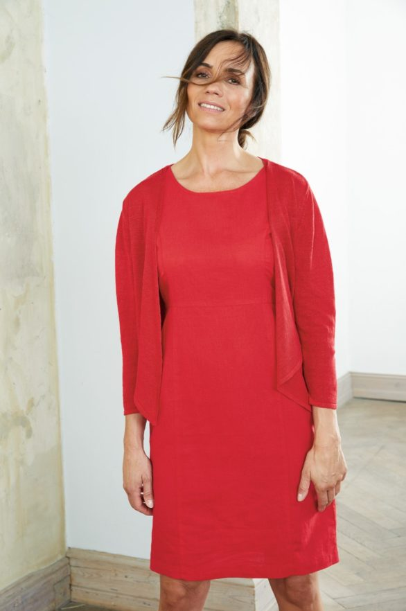 Lněné červené šaty