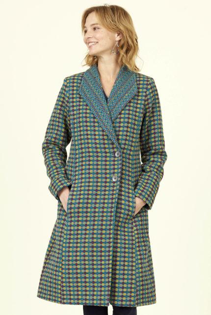 Nomads ručně tkaný kabát s širším límcem modrý