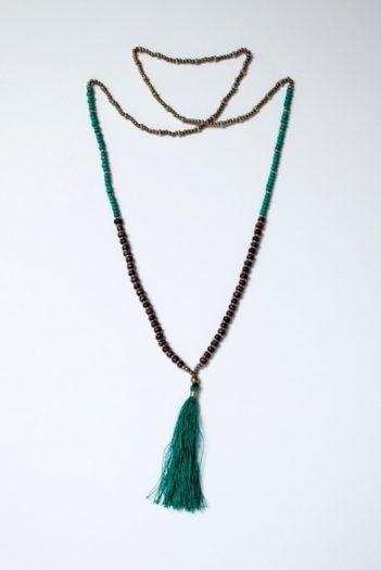 Nomads dlouhý tyrkysový náhrdelník se střapcem