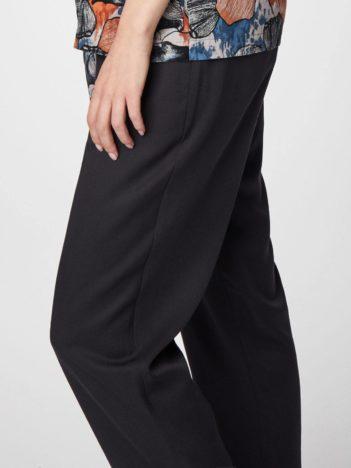 Thought modalové kalhoty katie černé