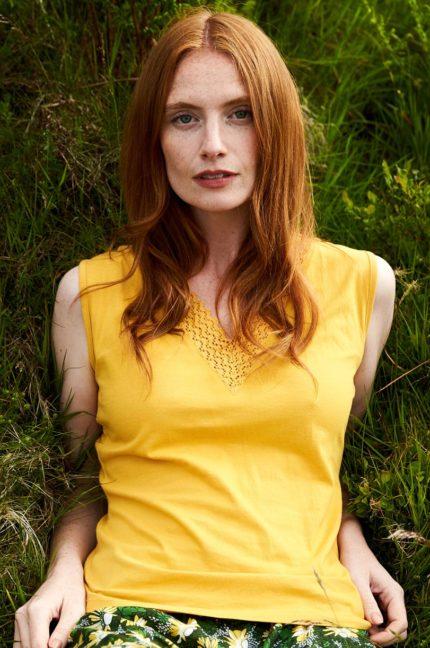 Nomads top crochet z bio bavlny žlutý