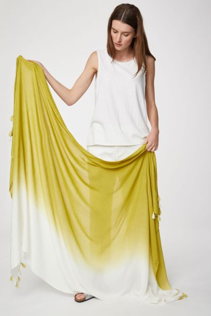 Thought bambusový dip dye sarong žlutý