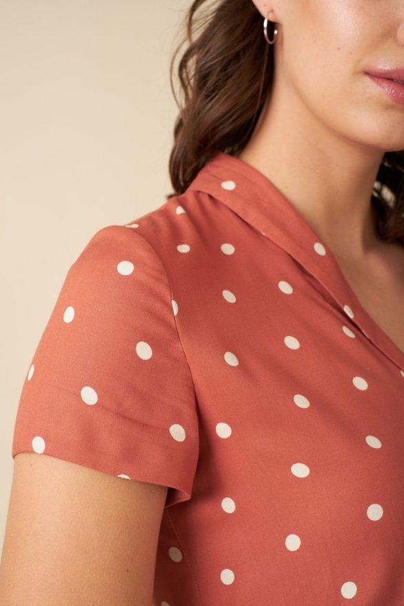 Emily and Fin košilové šaty adele desert rose