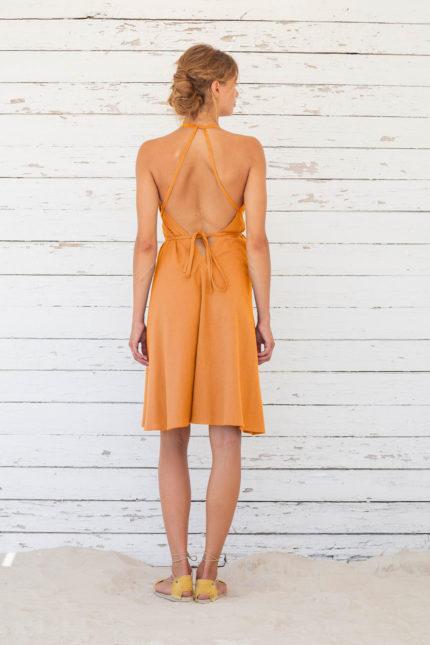 Suite13 krátké variabilní šaty se lnem apricot