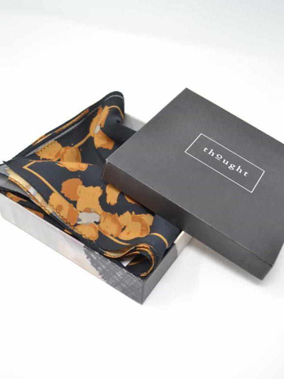 Thought tencelový šátek jekyll v dárkové krabičce