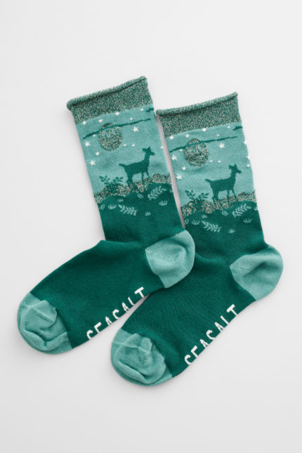 snowy scenes socks kind giant thicket
