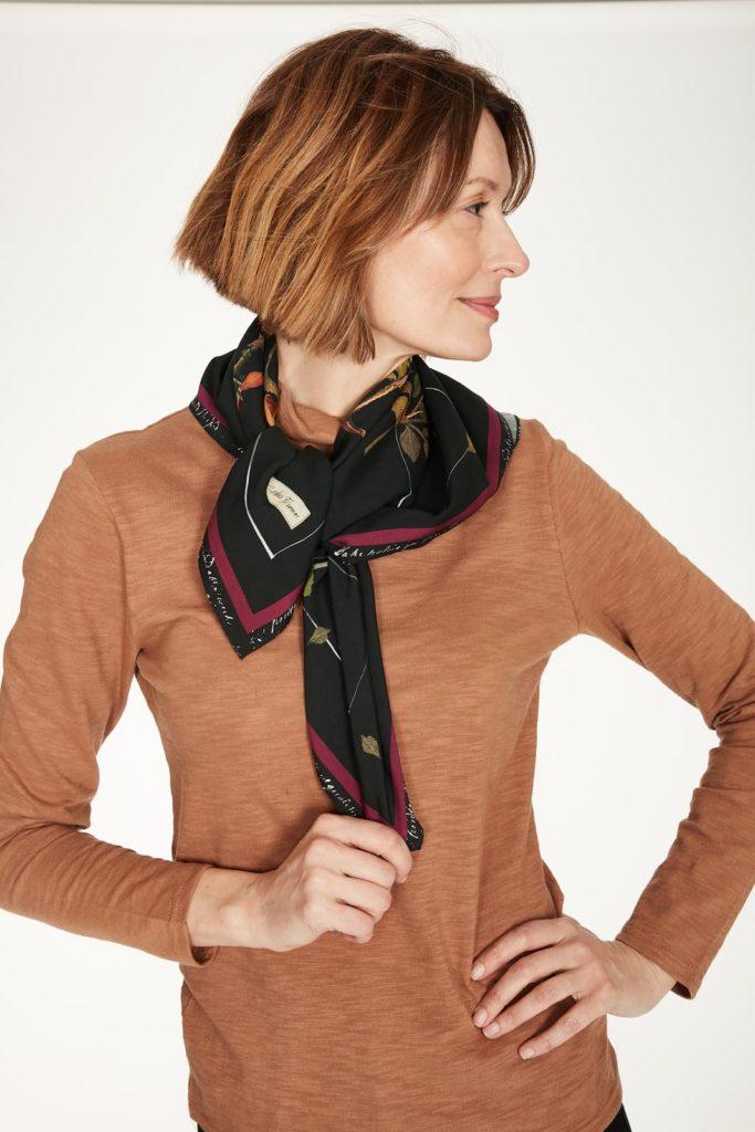 Thought tencelový šátek elsie v dárkovém balení