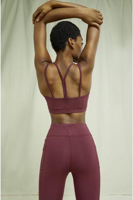 People Tree crop top yoga vínový z bio bavlny