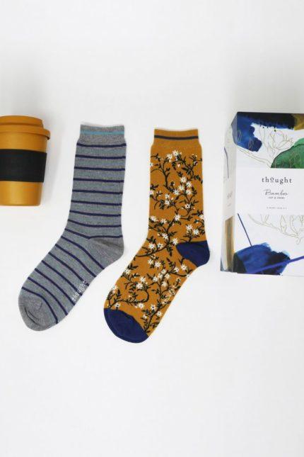 Thought dárkové balení hrníčku a dámských ponožek jade