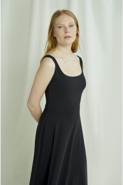 People Tree Šaty tyra černé z bio bavlny