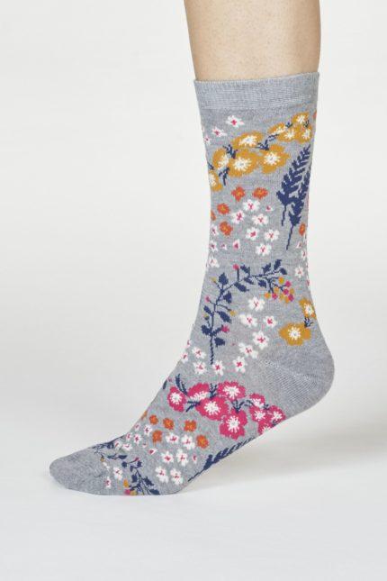 Thought dárkové balení hrníčku a dámských ponožek zebina